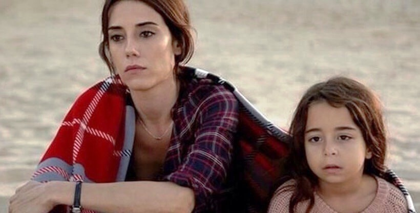 Beren and Cansu in Mother