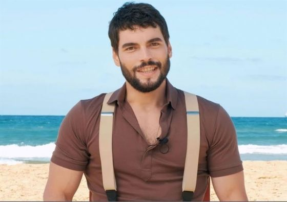Read more about the article AKIN AKINOZU Turkish actor